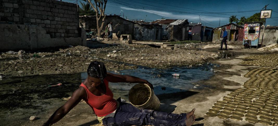 Mujer en Haiti